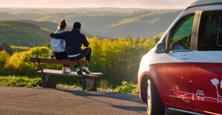 Quels sont les avantages à passer des vacances en amoureux en camping